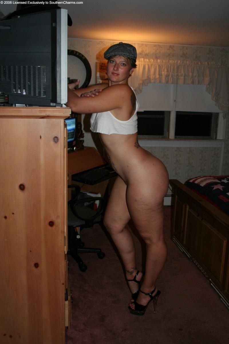 Sexy naked girls thick legs